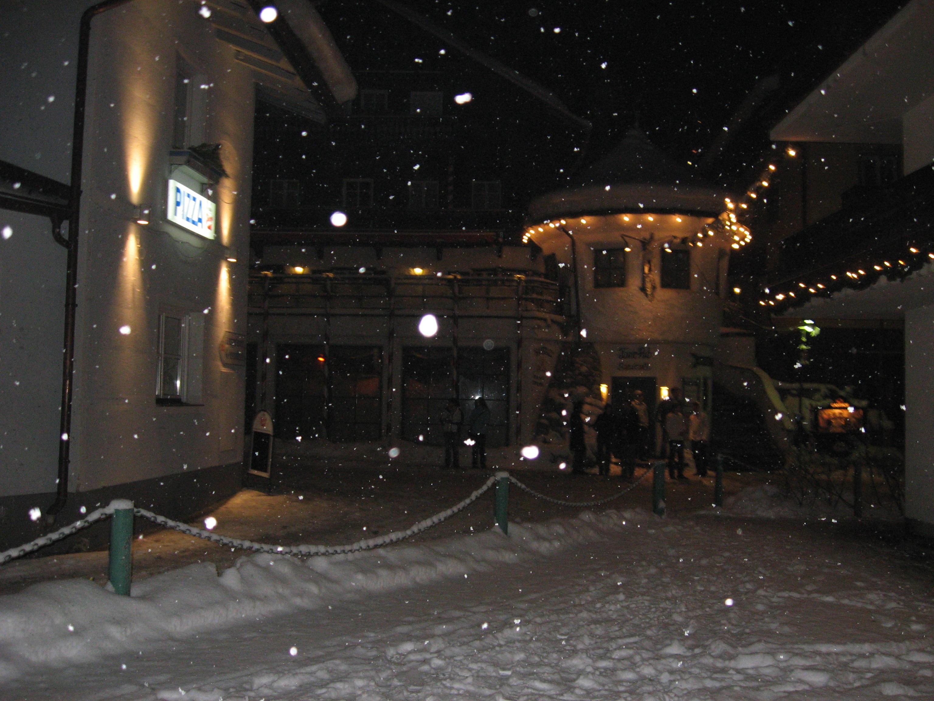 Снежна новата 2008 година - Мюлбах - Алпите-Австрия